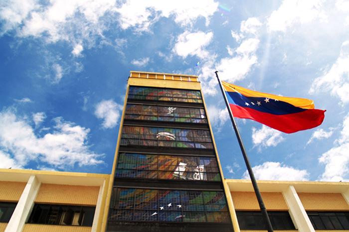 Dr Marco Aponte-Moreno discusses the unrest in Venezuela (Photo: https://www.flickr.com/photos/venex/)